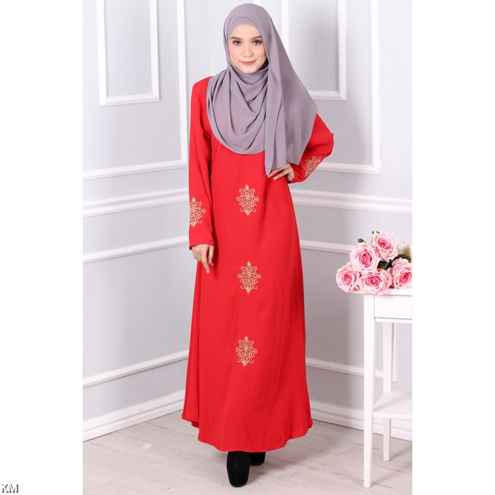 Jubah With Golden Embroidery