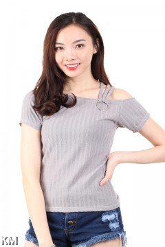 Half Shoulder Knitted Top [M16384]