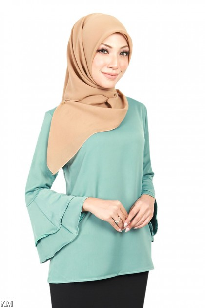 959f25bcc7be2e Muslimah Dreamy Frill Sleeve Blouse [B18673] ...