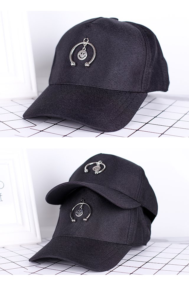 [M388] Black Baseball Cap with Accessories